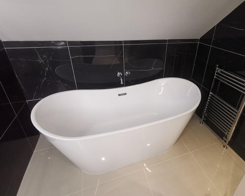 D Ensuite Bath